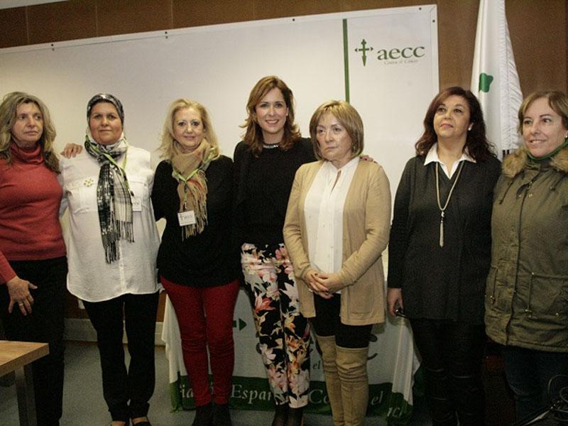 La AECC combina las labores de concienciación con sus programas sociales de ayuda