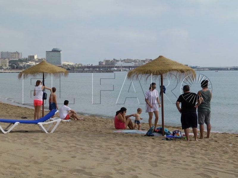 """Dermatólogos recorrerán las playas de Melilla para observar """"machas y lunares extraños"""""""